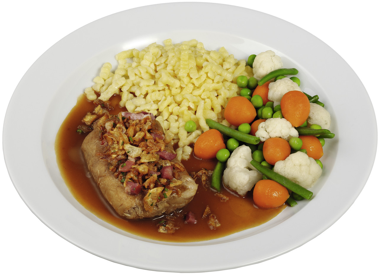 Roulade vom Schwein mit Speck-Zwiebelfüllung  in kräftiger Soße, dazu buntes Gartengemüse und Spätzle