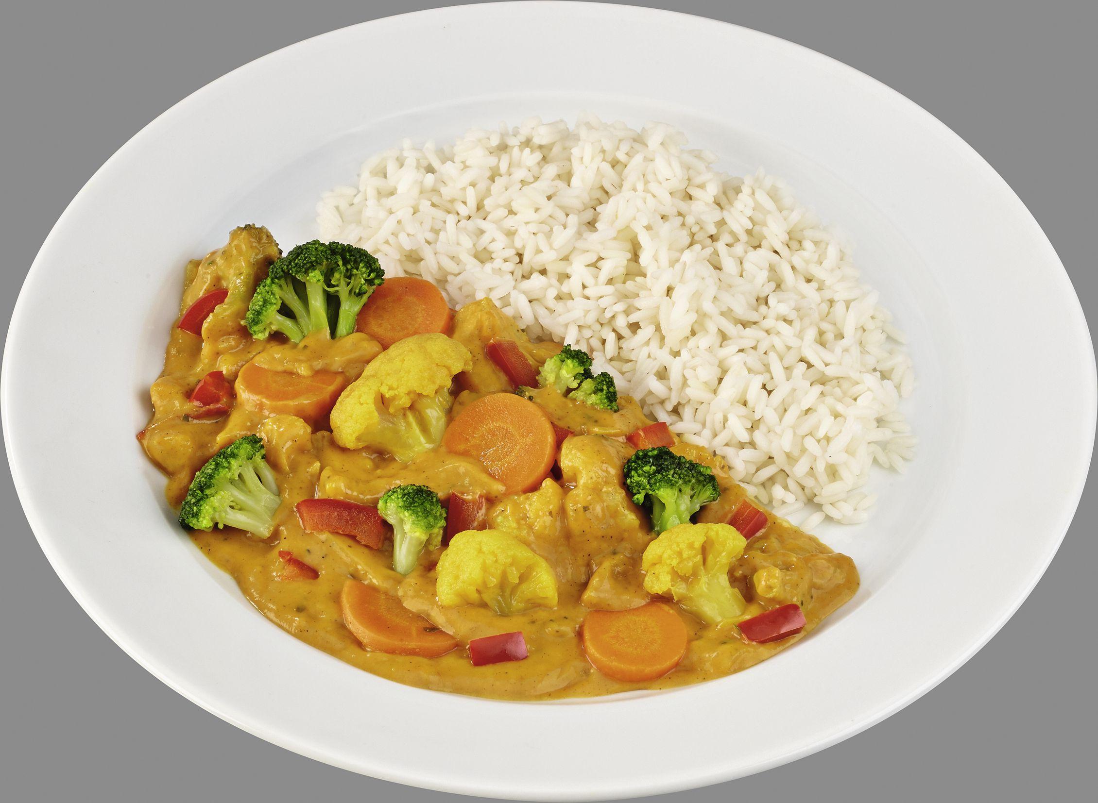 Pikante Gemüsepfanne in cremiger Currysoße  mit Langkornreis